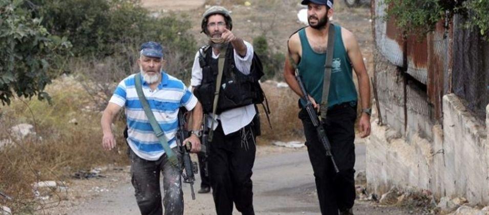 """مستوطنون يضعون """"كرفانا"""" ويشعلون اطارات شمال نابلس"""